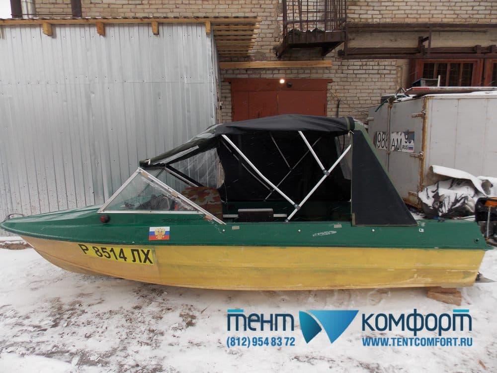 Тент для лодки Крым на трехопорных дугах