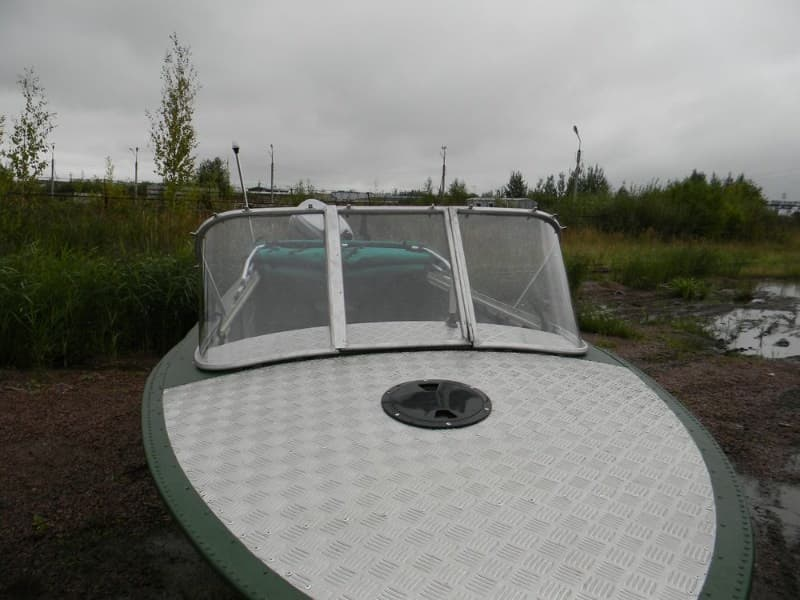 Стекло для лодки