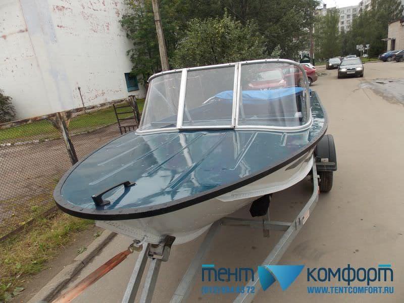 Ветровое стекло для лодки